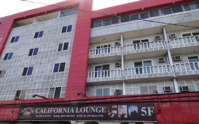 Отель California Филиппины, Пампанга - отзывы, цены и фото номеров - забронировать отель California онлайн вид на фасад