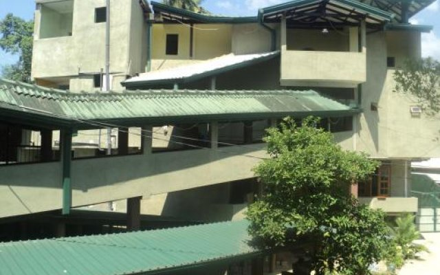 Nilara Inn