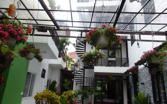Отель Anh Family Homestay вид на фасад