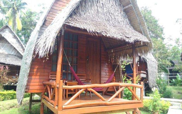 Отель Lanta Marina Resort Ланта вид на фасад