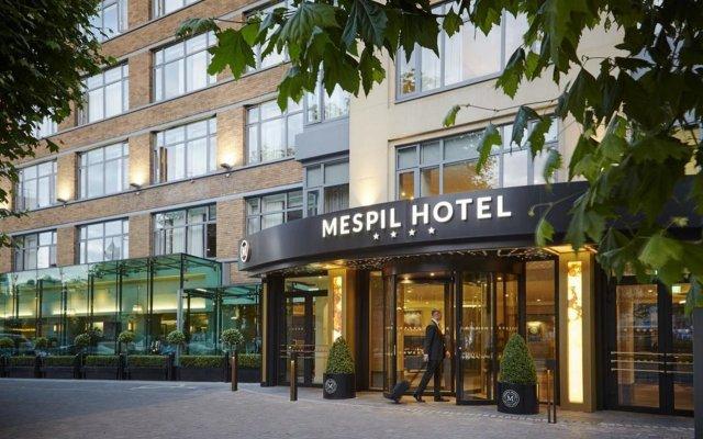 Mespil Hotel вид на фасад
