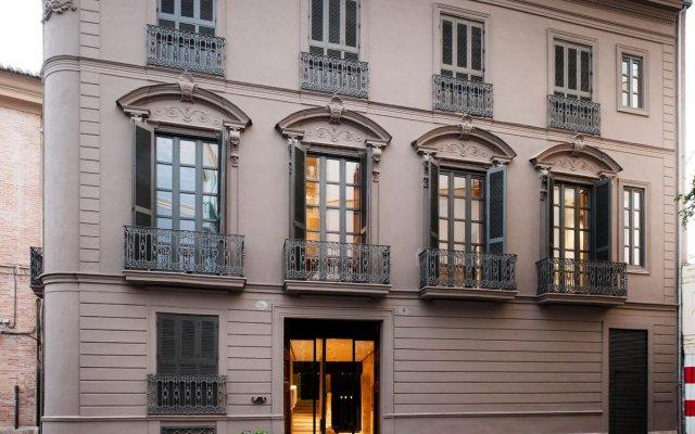 Отель Caro Hotel Испания, Валенсия - отзывы, цены и фото номеров - забронировать отель Caro Hotel онлайн вид на фасад