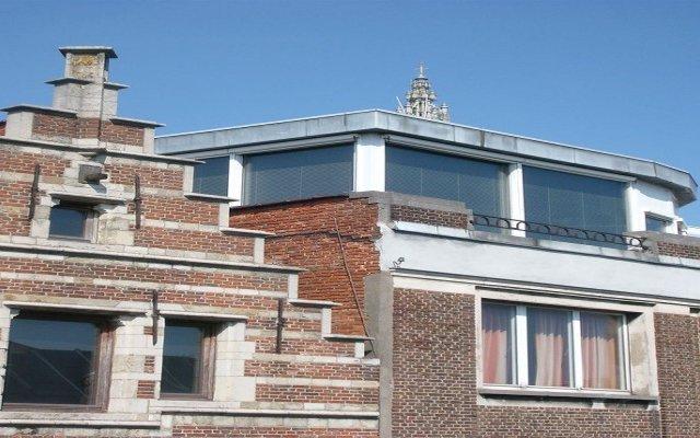 Отель B&B Elimil Антверпен вид на фасад