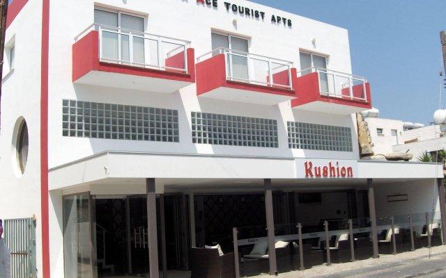 Апартаменты Napa Ace Tourist Apartments вид на фасад