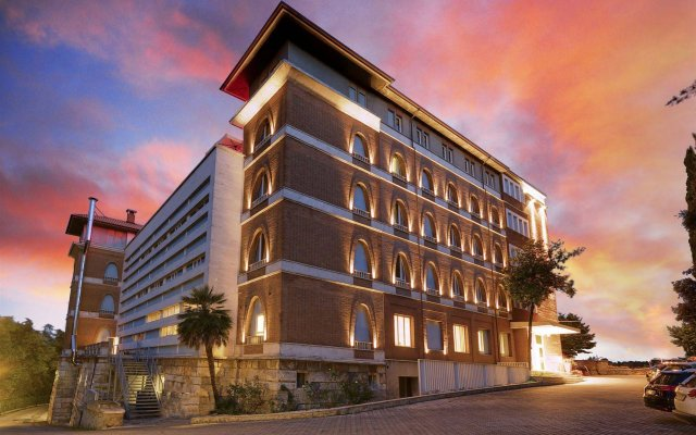 Отель San Francesco Hotel Италия, Лорето - отзывы, цены и фото номеров - забронировать отель San Francesco Hotel онлайн вид на фасад