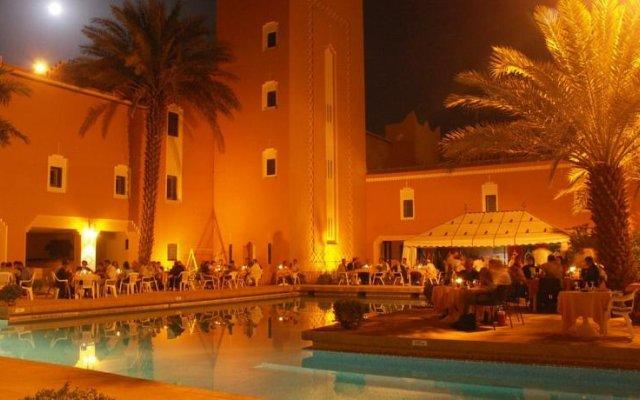 Отель Ksar Tinsouline Марокко, Загора - отзывы, цены и фото номеров - забронировать отель Ksar Tinsouline онлайн вид на фасад