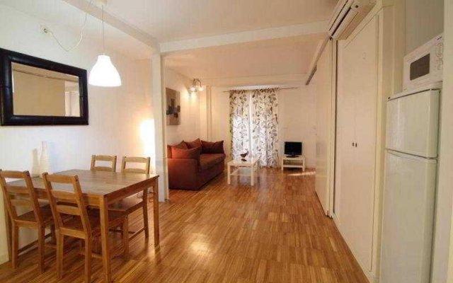 Отель Borne Building Apartamentos Испания, Барселона - отзывы, цены и фото номеров - забронировать отель Borne Building Apartamentos онлайн комната для гостей