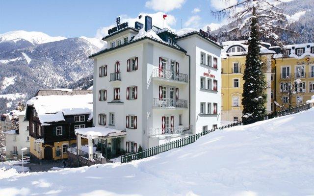 Hotel Gisela вид на фасад