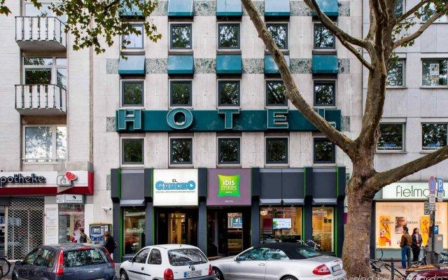 Отель ibis Styles Köln City вид на фасад