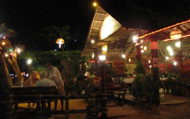 Отель Green Chilli Bungalows Таиланд, Ланта - отзывы, цены и фото номеров - забронировать отель Green Chilli Bungalows онлайн вид на фасад