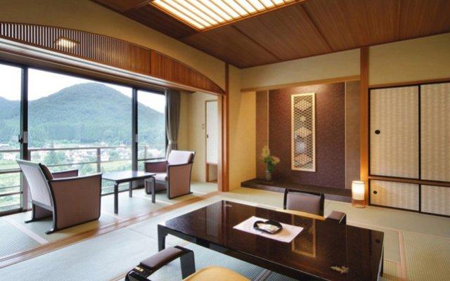 Отель Kinugawa Onsen Wakatake no syou Никко