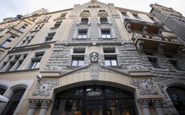 Neiburgs Hotel Рига вид на фасад