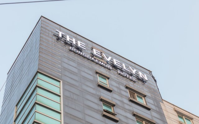 The Evelyn Dongdaemun Hotel вид на фасад