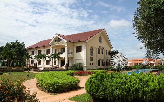 Отель Dakruco Hotel Вьетнам, Буонматхуот - отзывы, цены и фото номеров - забронировать отель Dakruco Hotel онлайн вид на фасад