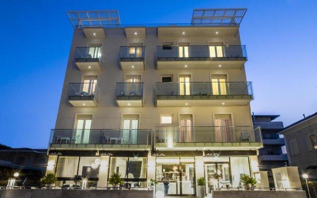 Hotel Stella D'oro Римини вид на фасад