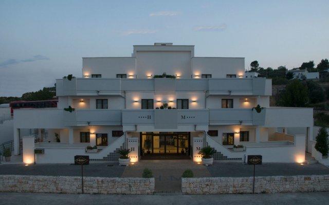 Hotel His Majesty Альберобелло вид на фасад
