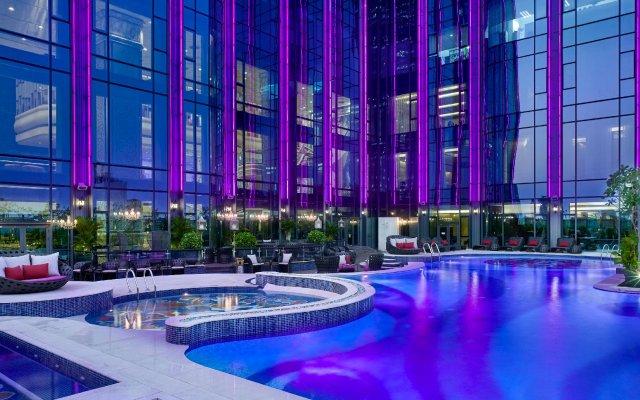 Отель The Reverie Saigon Residential Suites Вьетнам, Хошимин - отзывы, цены и фото номеров - забронировать отель The Reverie Saigon Residential Suites онлайн вид на фасад