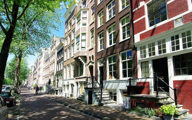 Отель 1637 Historic Canal View Suites Нидерланды, Амстердам - отзывы, цены и фото номеров - забронировать отель 1637 Historic Canal View Suites онлайн вид на фасад
