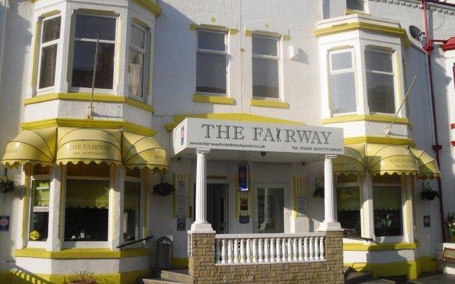 Fairway Hotel вид на фасад