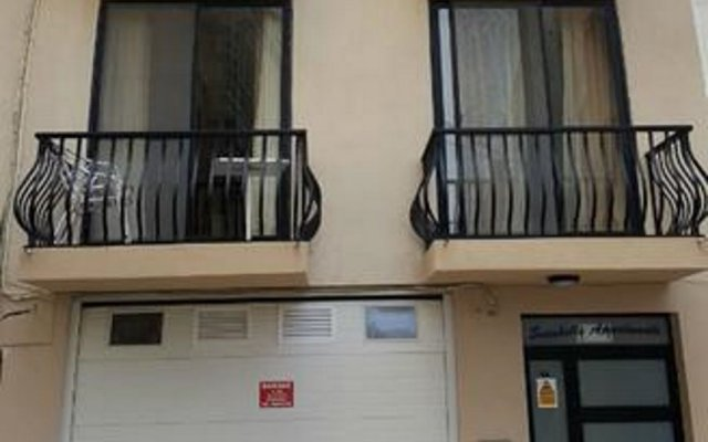 Отель Seashells Self Catering Apartment Мальта, Буджибба - отзывы, цены и фото номеров - забронировать отель Seashells Self Catering Apartment онлайн вид на фасад