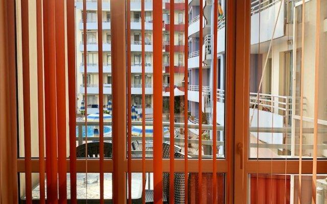 Отель Central Plaza Studio Болгария, Солнечный берег - отзывы, цены и фото номеров - забронировать отель Central Plaza Studio онлайн вид на фасад