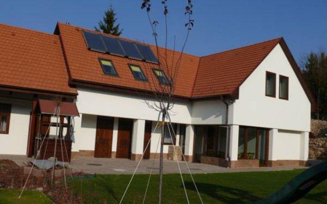 Отель Tip-Top Lak Vendeghaz Венгрия, Силвашварад - отзывы, цены и фото номеров - забронировать отель Tip-Top Lak Vendeghaz онлайн вид на фасад