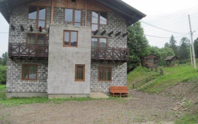 Гостиница Guest House Stari Druzy Украина, Волосянка - отзывы, цены и фото номеров - забронировать гостиницу Guest House Stari Druzy онлайн вид на фасад