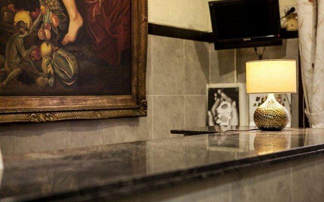 Отель Pensión Segre Испания, Барселона - 2 отзыва об отеле, цены и фото номеров - забронировать отель Pensión Segre онлайн интерьер отеля