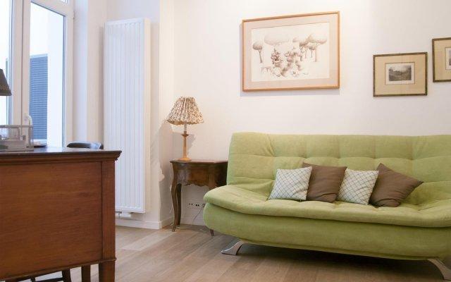 Отель Stassart - 3498 - Brussels - HLD 37381 Бельгия, Брюссель - отзывы, цены и фото номеров - забронировать отель Stassart - 3498 - Brussels - HLD 37381 онлайн комната для гостей
