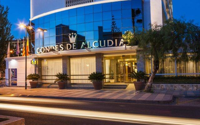 Отель Globales Condes de Alcudia вид на фасад