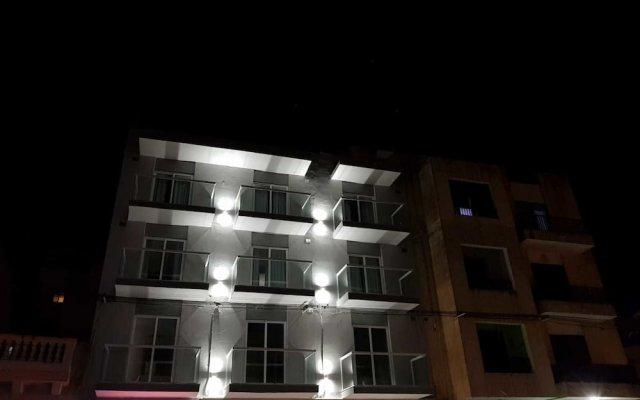 Отель TJ Boutique Accommodation Мальта, Марсаскала - отзывы, цены и фото номеров - забронировать отель TJ Boutique Accommodation онлайн вид на фасад