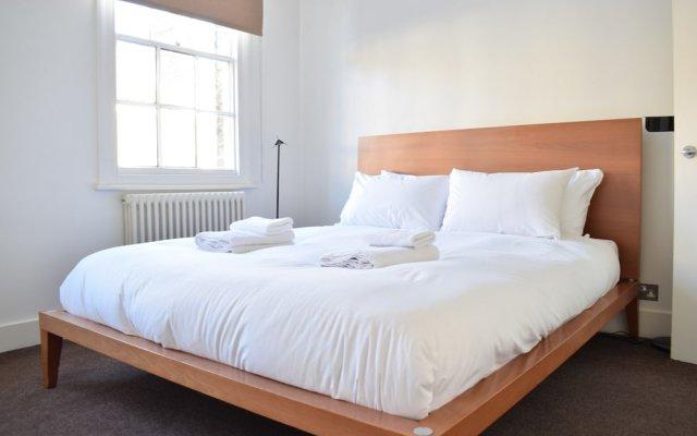 Отель Central 2 Bedroom House in Waterloo Великобритания, Лондон - отзывы, цены и фото номеров - забронировать отель Central 2 Bedroom House in Waterloo онлайн комната для гостей