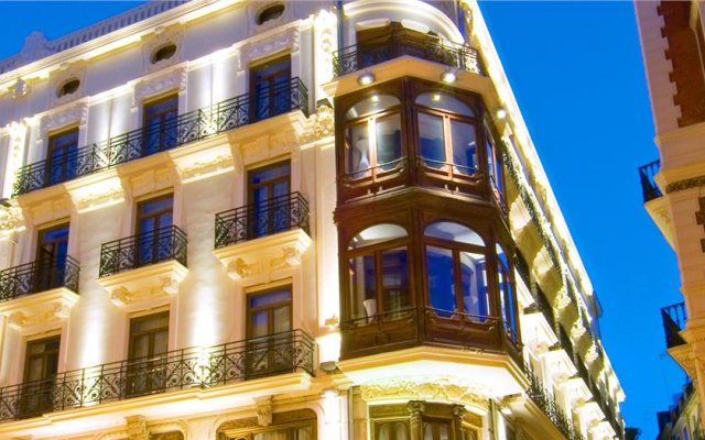 Отель Vincci Palace Hotel Испания, Валенсия - отзывы, цены и фото номеров - забронировать отель Vincci Palace Hotel онлайн вид на фасад