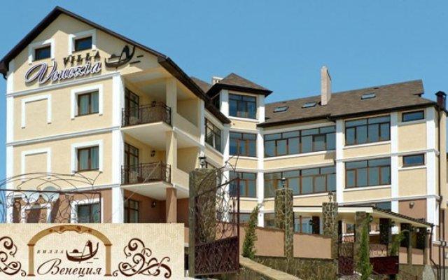 Гостиница Мини-Отель Вилла Венеция в Севастополе - забронировать гостиницу Мини-Отель Вилла Венеция, цены и фото номеров Севастополь вид на фасад