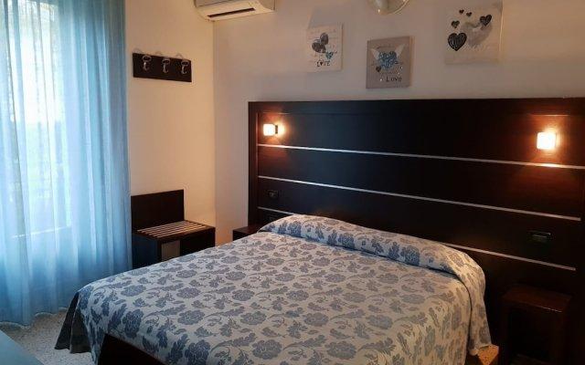 Отель Riva Италия, Римини - 1 отзыв об отеле, цены и фото номеров - забронировать отель Riva онлайн комната для гостей