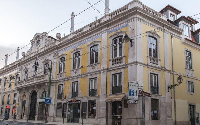 Отель Palácio Camões - Lisbon Serviced Apartments Португалия, Лиссабон - отзывы, цены и фото номеров - забронировать отель Palácio Camões - Lisbon Serviced Apartments онлайн вид на фасад