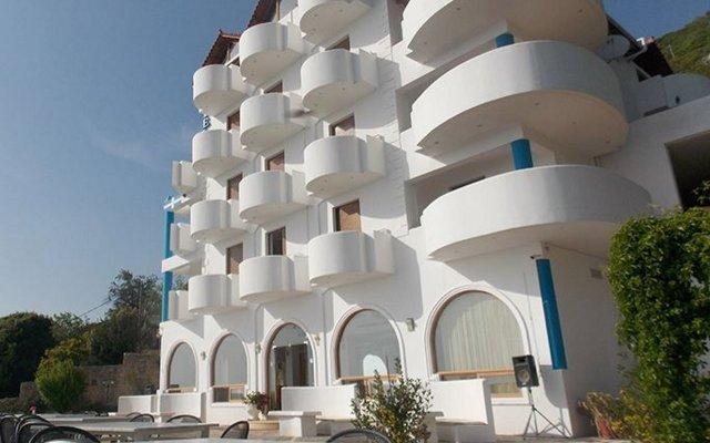 Отель Palace Lukova Албания, Саранда - отзывы, цены и фото номеров - забронировать отель Palace Lukova онлайн вид на фасад