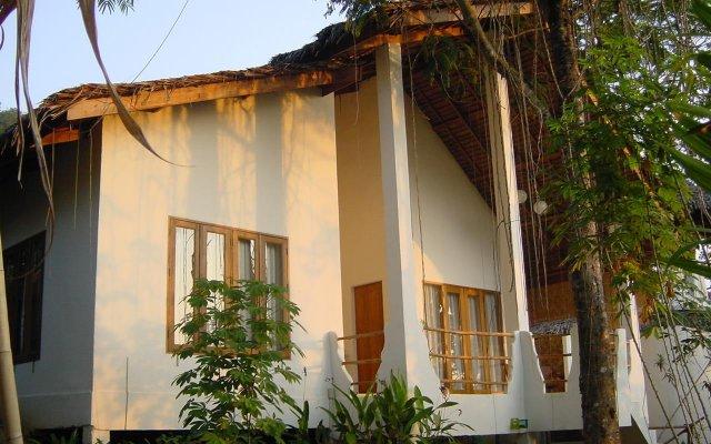 Отель Tewana Home Phuket вид на фасад