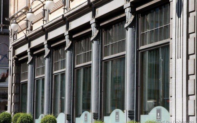 Отель DoubleTree by Hilton Brussels City Бельгия, Брюссель - 2 отзыва об отеле, цены и фото номеров - забронировать отель DoubleTree by Hilton Brussels City онлайн вид на фасад