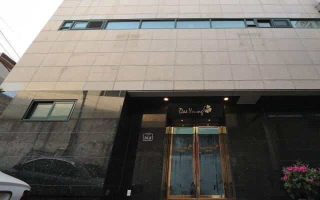 Daeyoung Hotel Seoul вид на фасад