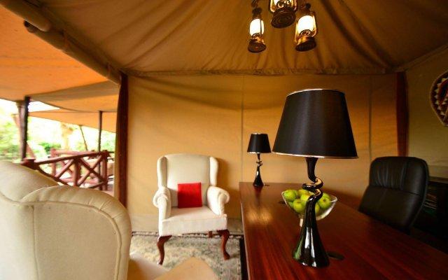 Кемпинг Kiboko Luxury Camp