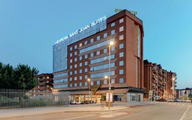 Отель Hesperia Sant Joan Suites Испания, Сан-Жоан-Деспи - 5 отзывов об отеле, цены и фото номеров - забронировать отель Hesperia Sant Joan Suites онлайн вид на фасад