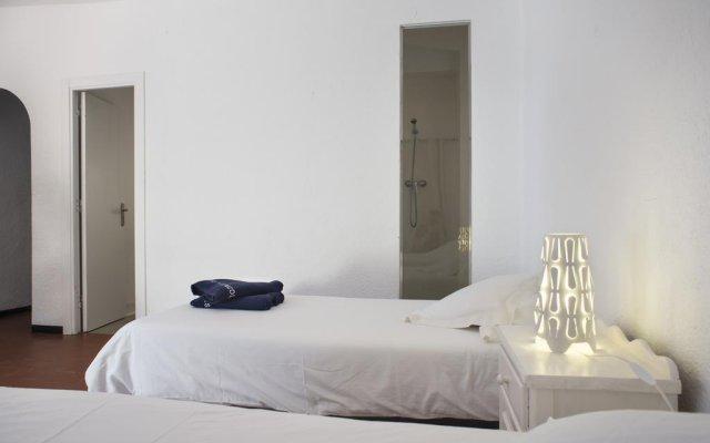 Отель Cala Joncols Испания, Курорт Росес - отзывы, цены и фото номеров - забронировать отель Cala Joncols онлайн комната для гостей