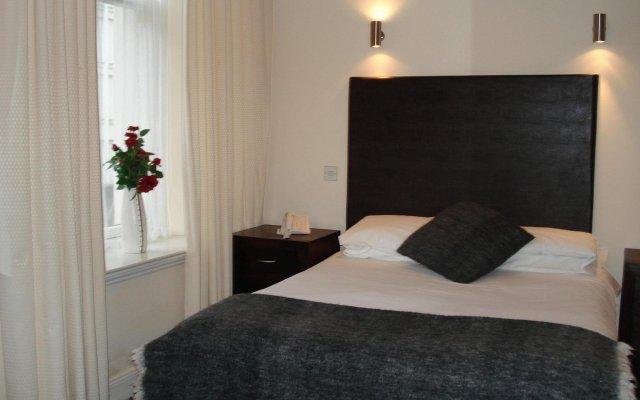 Отель SANDYFORD Глазго комната для гостей