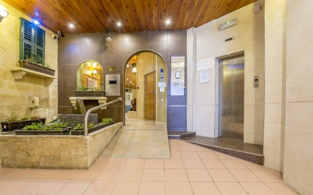 Отель Alborada Apart Hotel Мальта, Слима - отзывы, цены и фото номеров - забронировать отель Alborada Apart Hotel онлайн вид на фасад