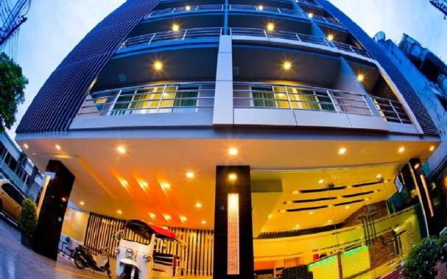 Отель iCheck inn Residences Sukhumvit 20 Таиланд, Бангкок - отзывы, цены и фото номеров - забронировать отель iCheck inn Residences Sukhumvit 20 онлайн вид на фасад