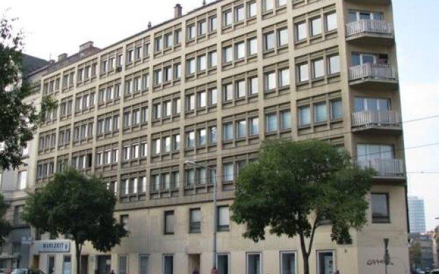 Blue Danube Apartments
