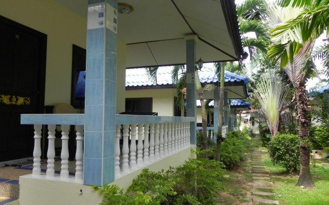 Отель Naya Bungalow вид на фасад