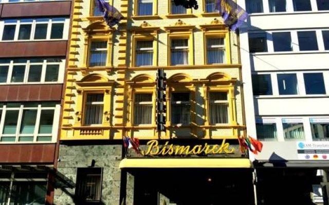 Отель Bismarck Германия, Дюссельдорф - отзывы, цены и фото номеров - забронировать отель Bismarck онлайн вид на фасад