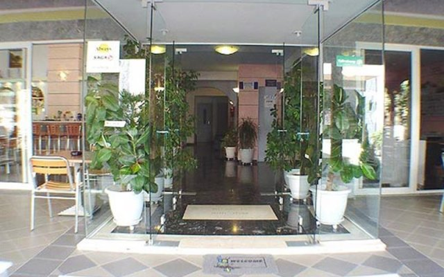 Отель PHAEDRA Родос вид на фасад